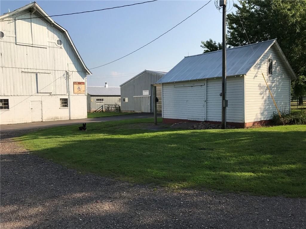 2060 13 12 1/2 Avenue Property Photo 14