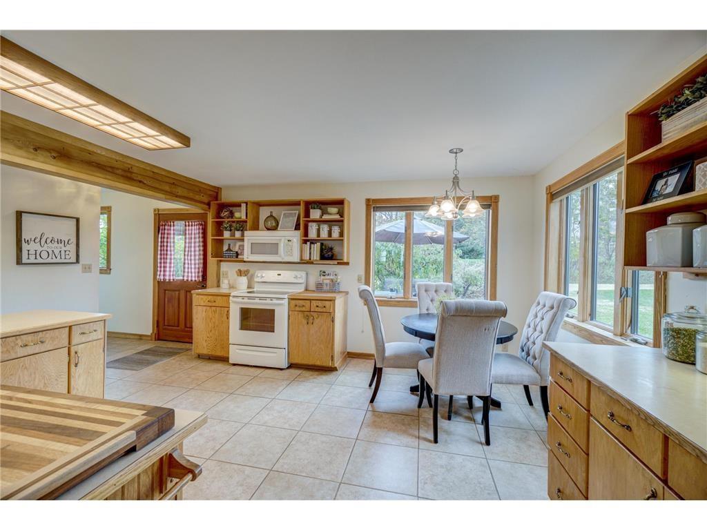 E2717 1130th Avenue Property Photo 8