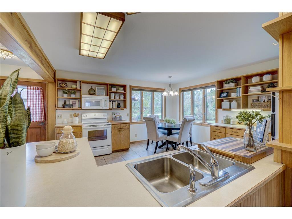 E2717 1130th Avenue Property Photo 9