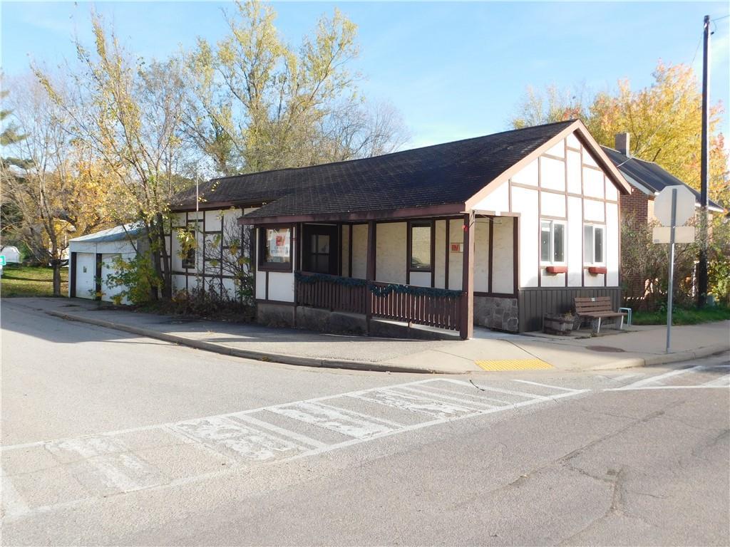 225 Main Street Property Photo