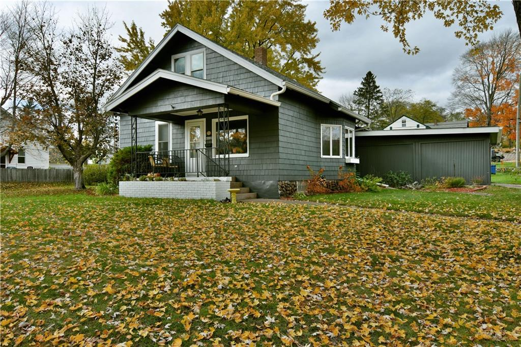 602 Oak Street Property Photo