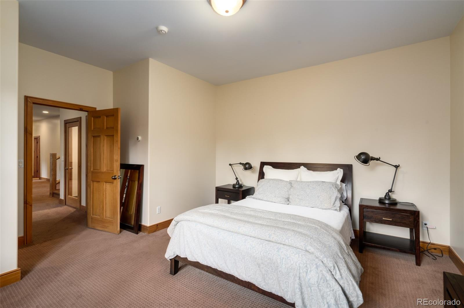 639 Meadowbrook Circle Property Photo 27