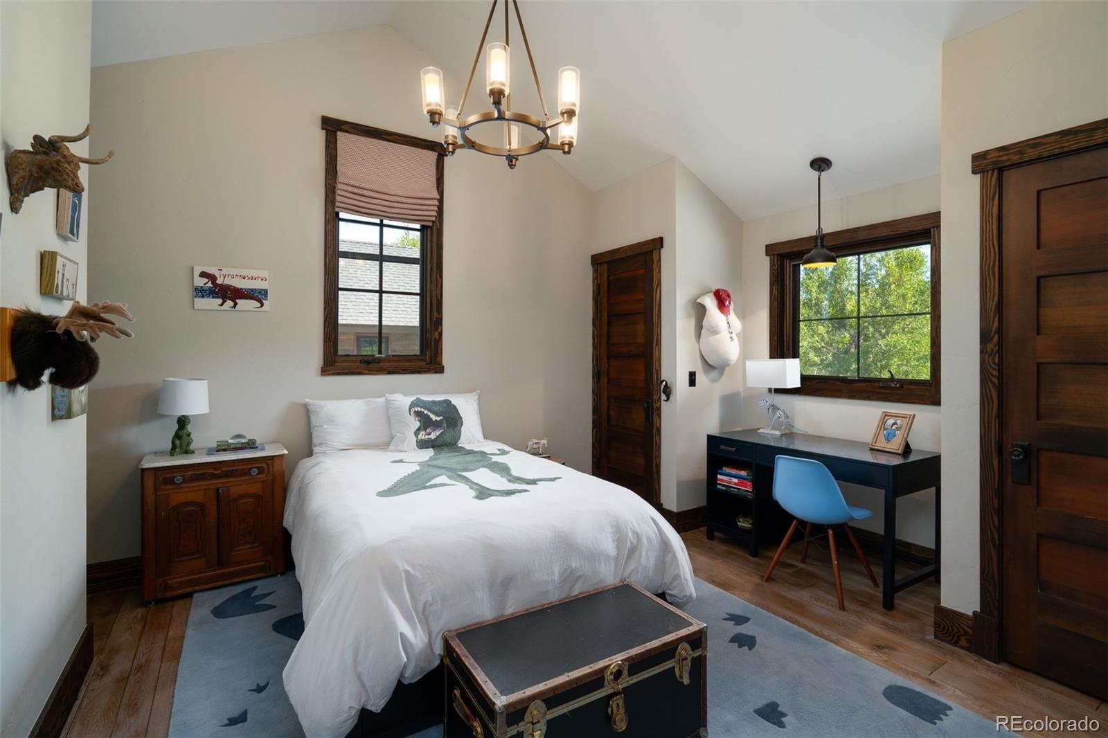 15 E Spruce Street Property Photo 35