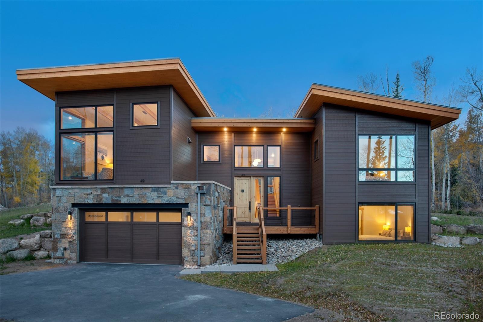 11 Glazer Trail 170 Property Photo 1