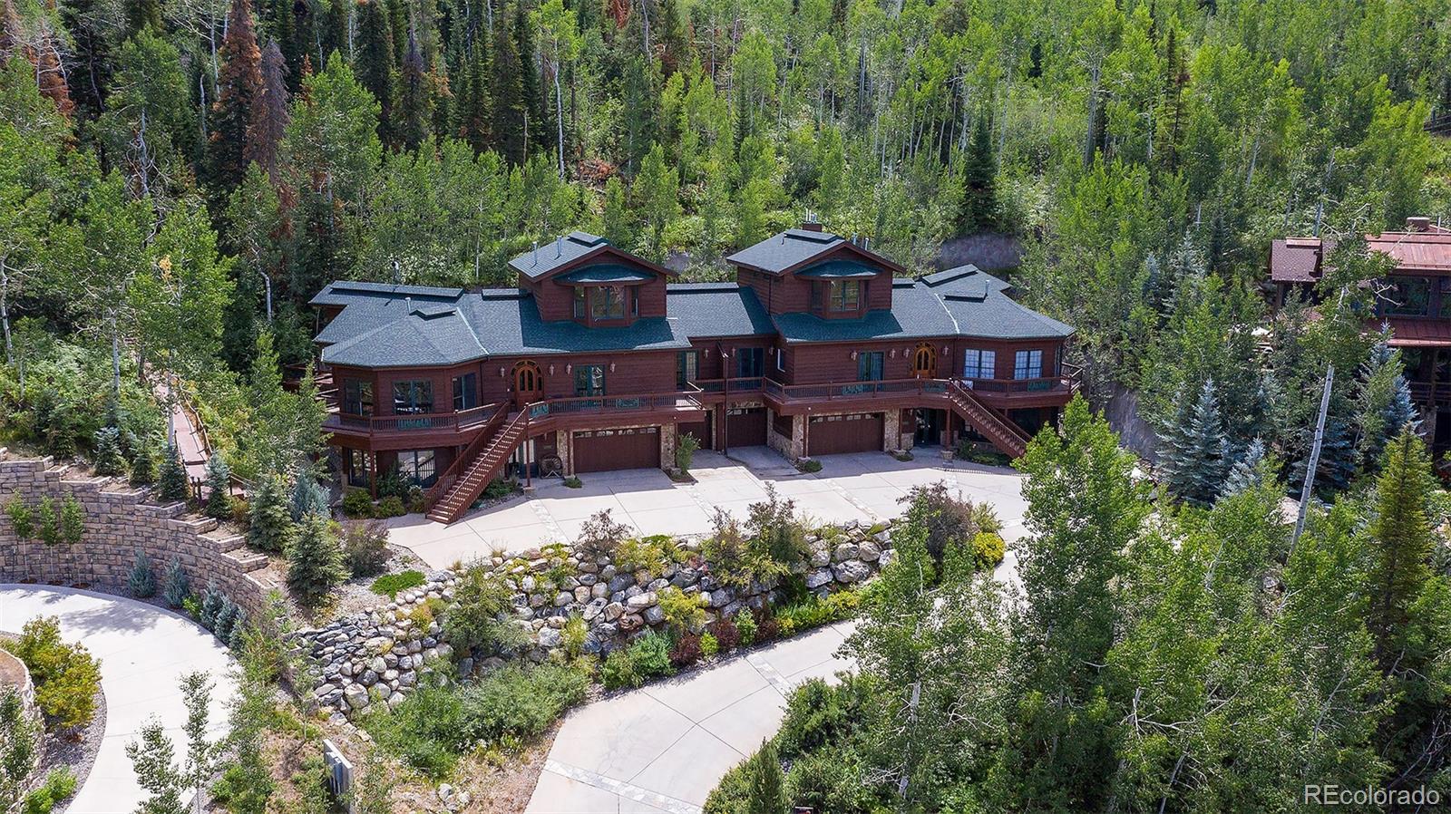 2510 Ski Trail Lane B Property Photo 1