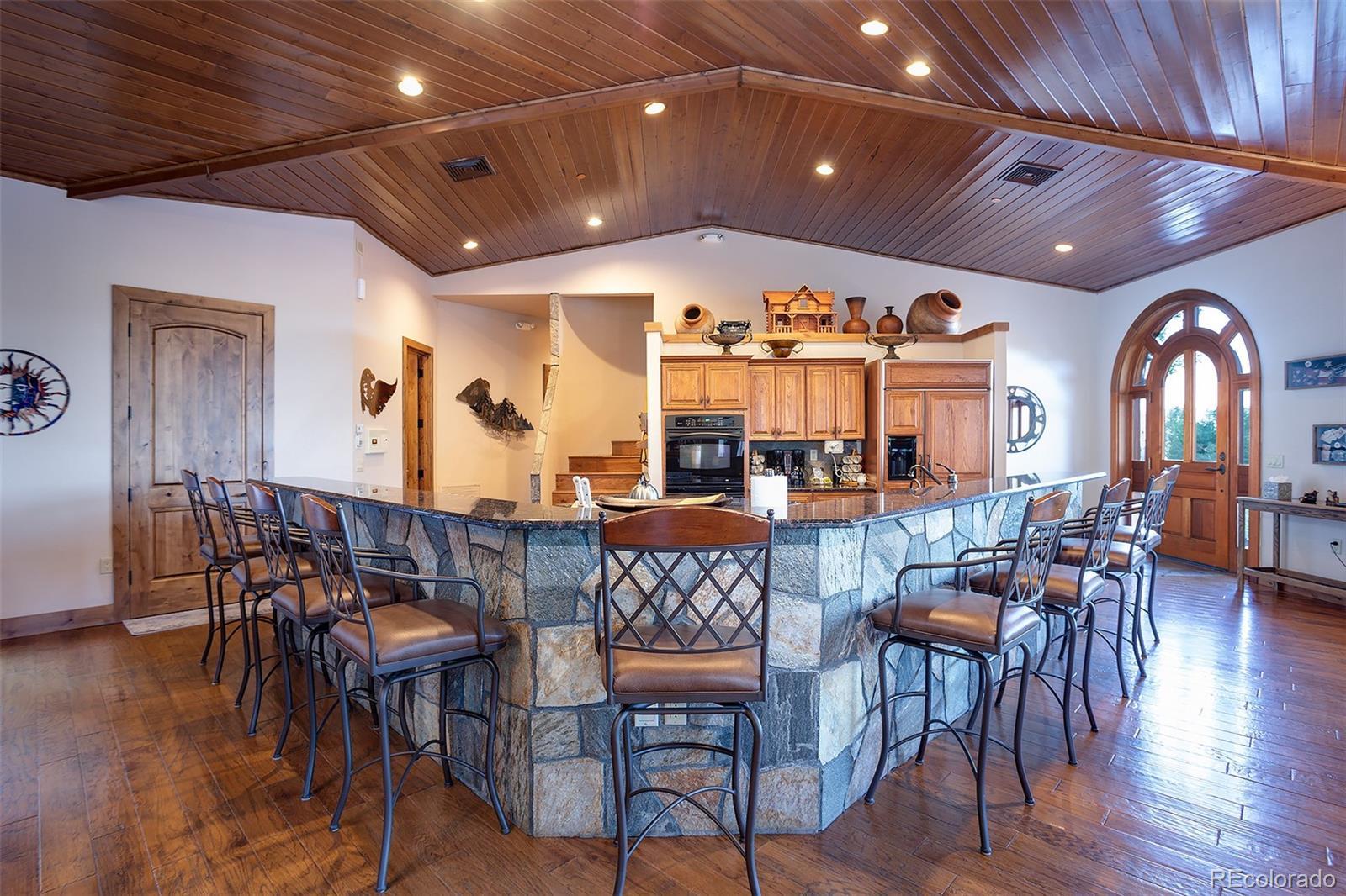 2510 Ski Trail Lane B Property Photo 4