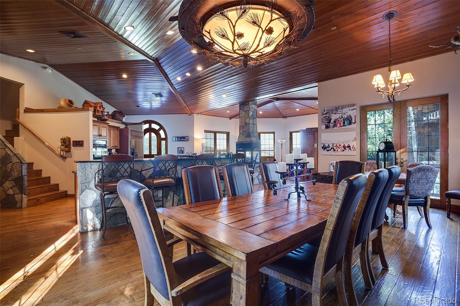 2510 Ski Trail Lane B Property Photo 5