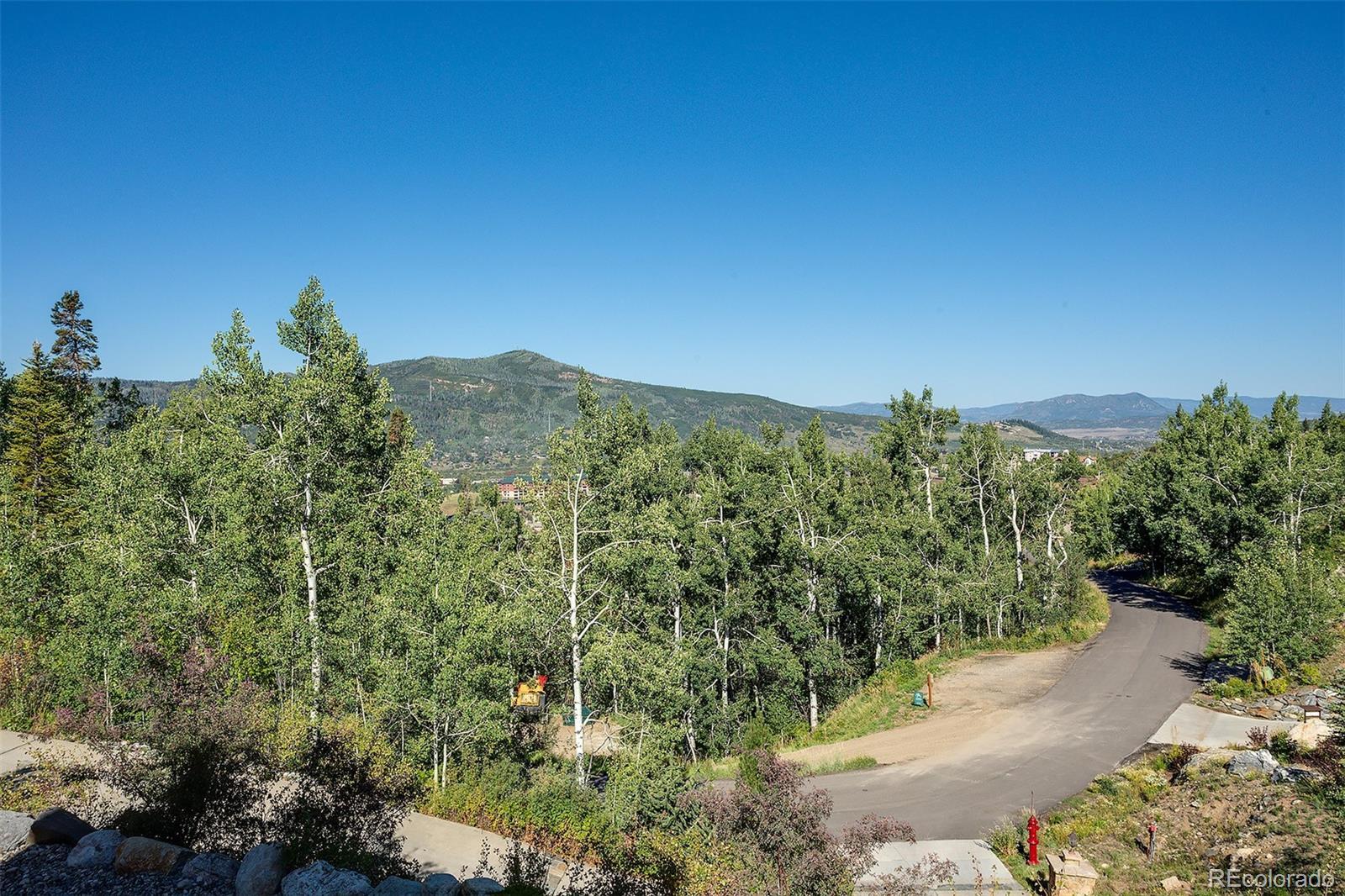 2510 Ski Trail Lane B Property Photo 37