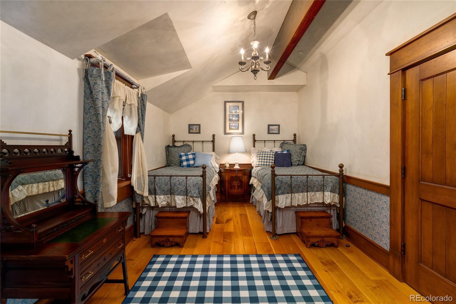1772 Graystone Drive Property Photo 18
