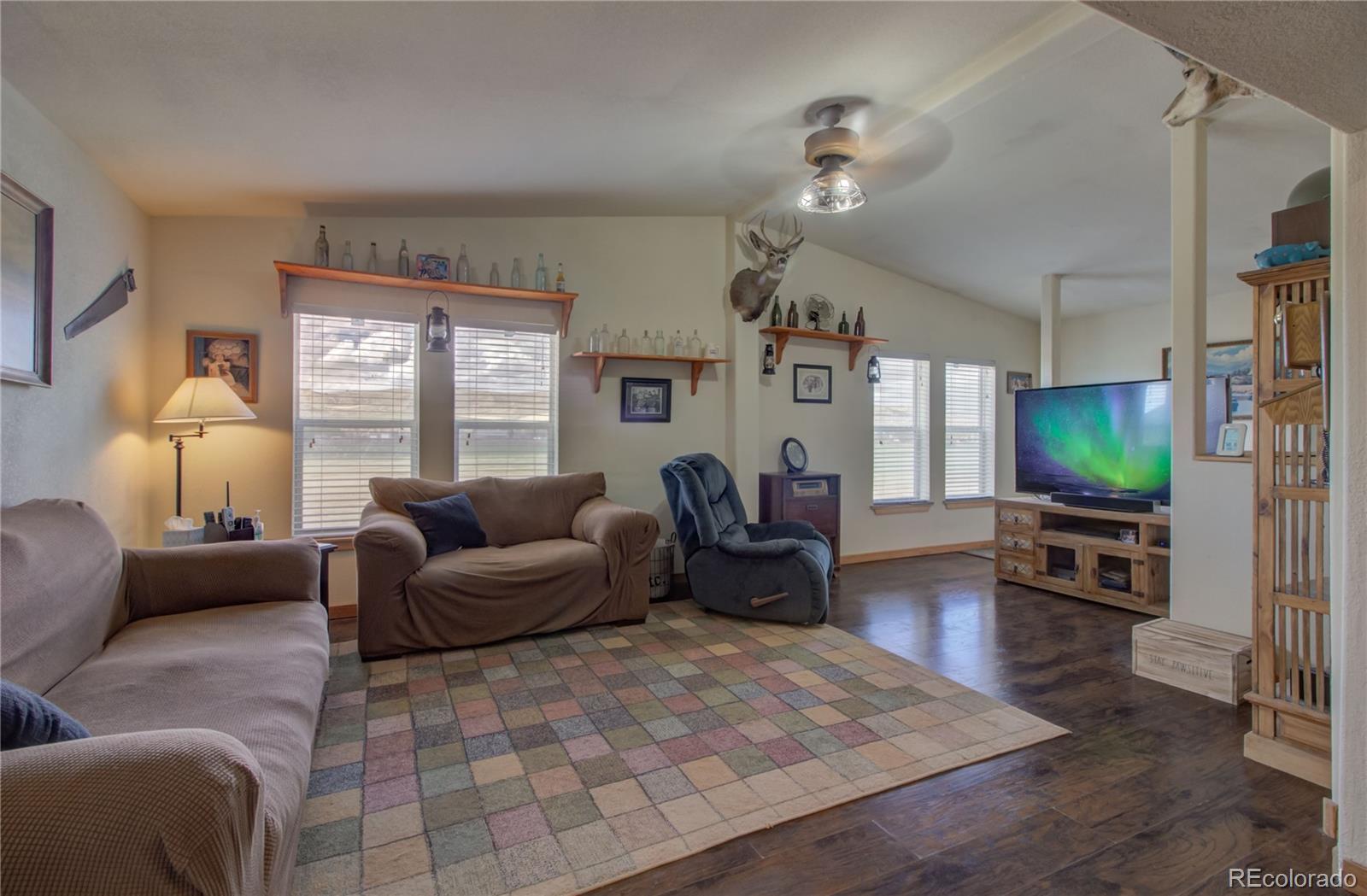 310 Breeze Basin Boulevard Property Photo 5