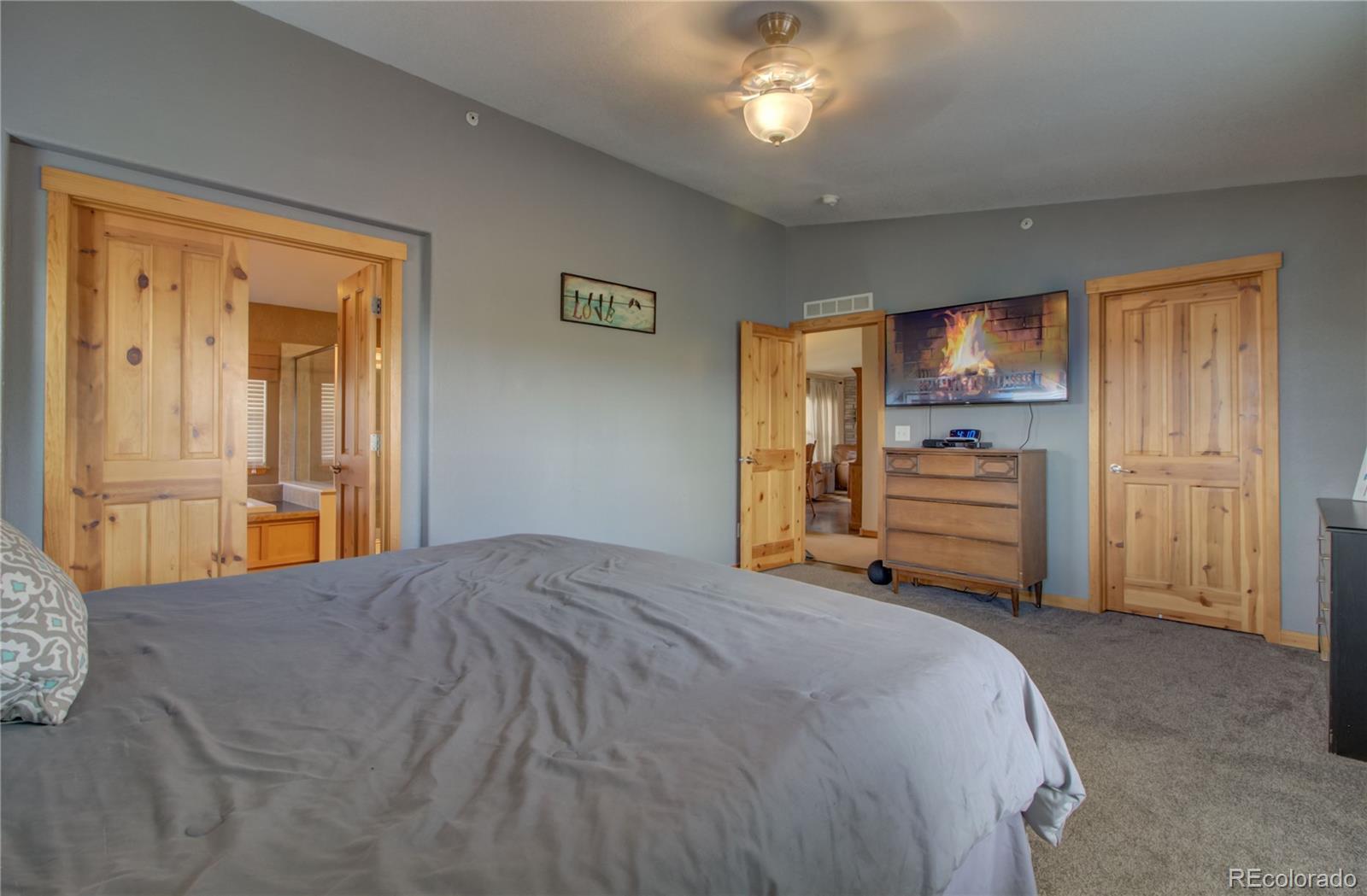 310 Breeze Basin Boulevard Property Photo 14