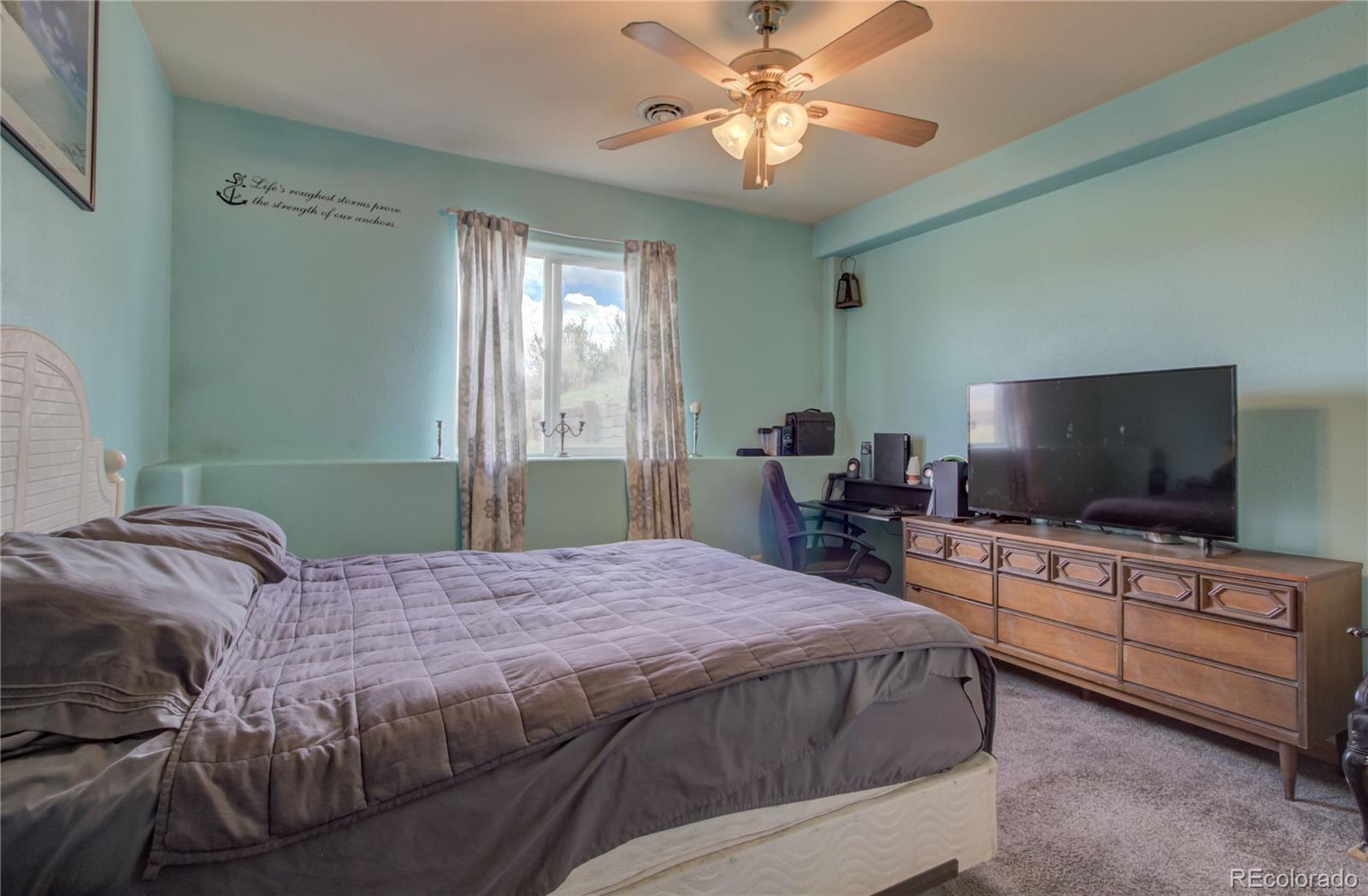 310 Breeze Basin Boulevard Property Photo 33