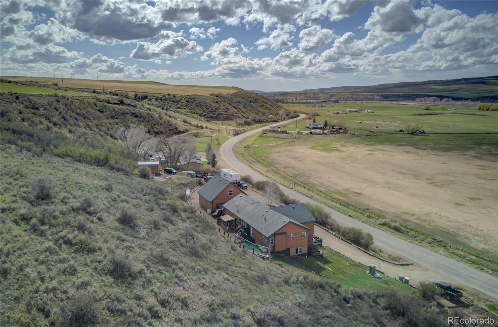 310 Breeze Basin Boulevard Property Photo 38