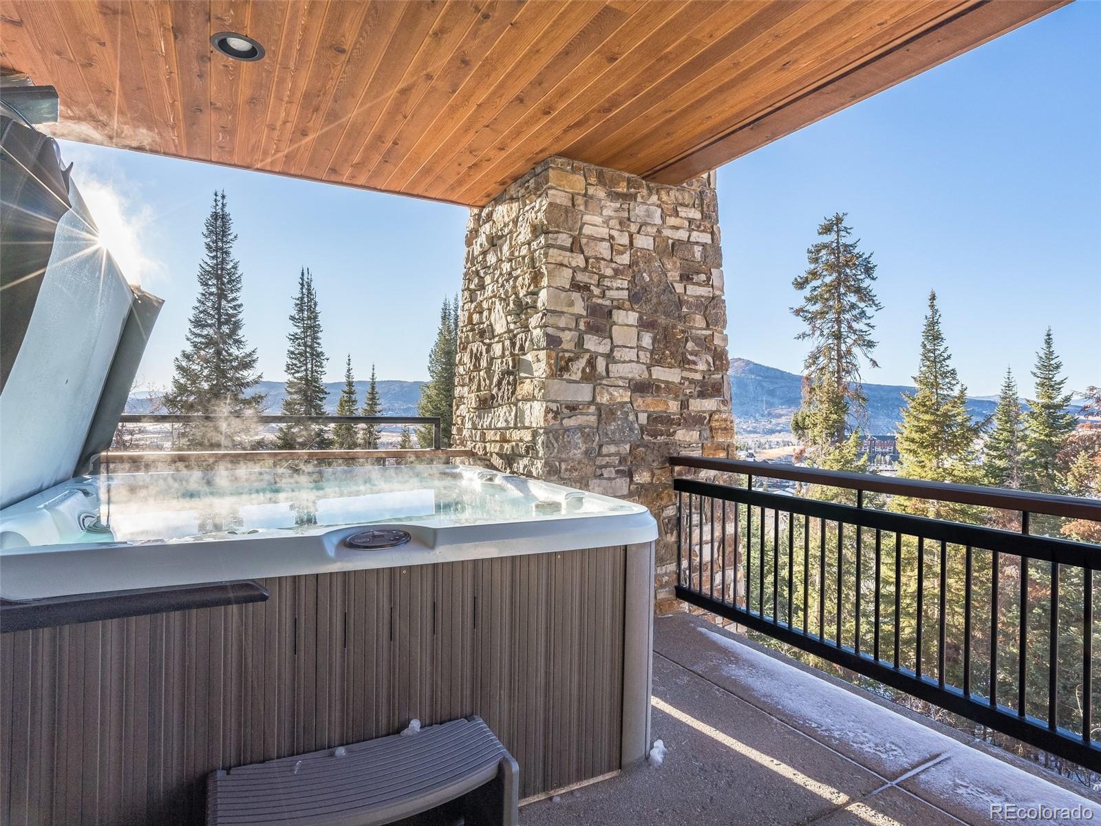 2607 Ski Trail Lane Property Photo 28