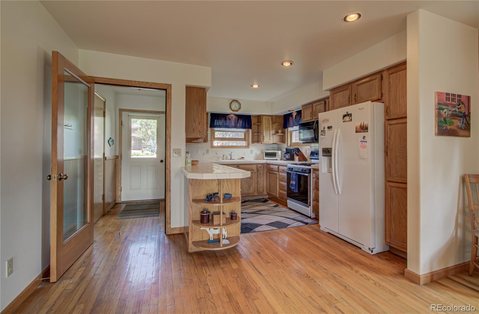 1540 Meadow Lane Property Photo 5