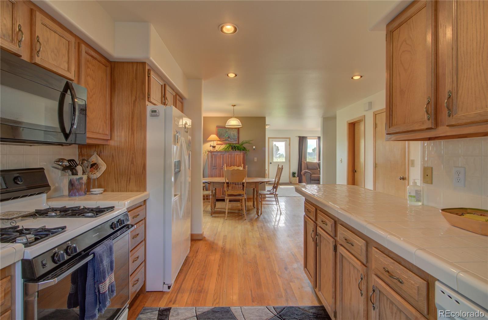1540 Meadow Lane Property Photo 11