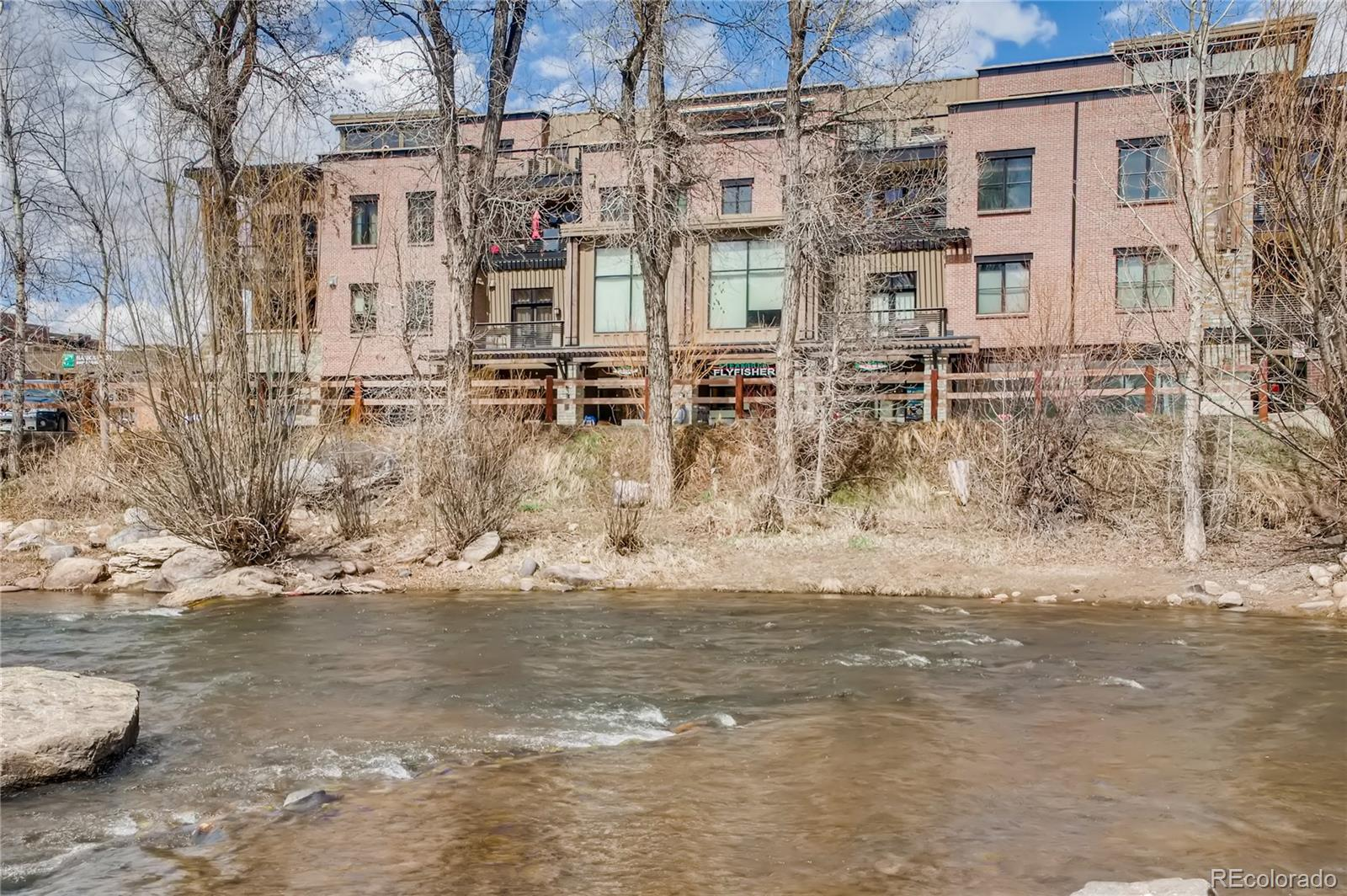 35 5th Street 102 Property Photo 1