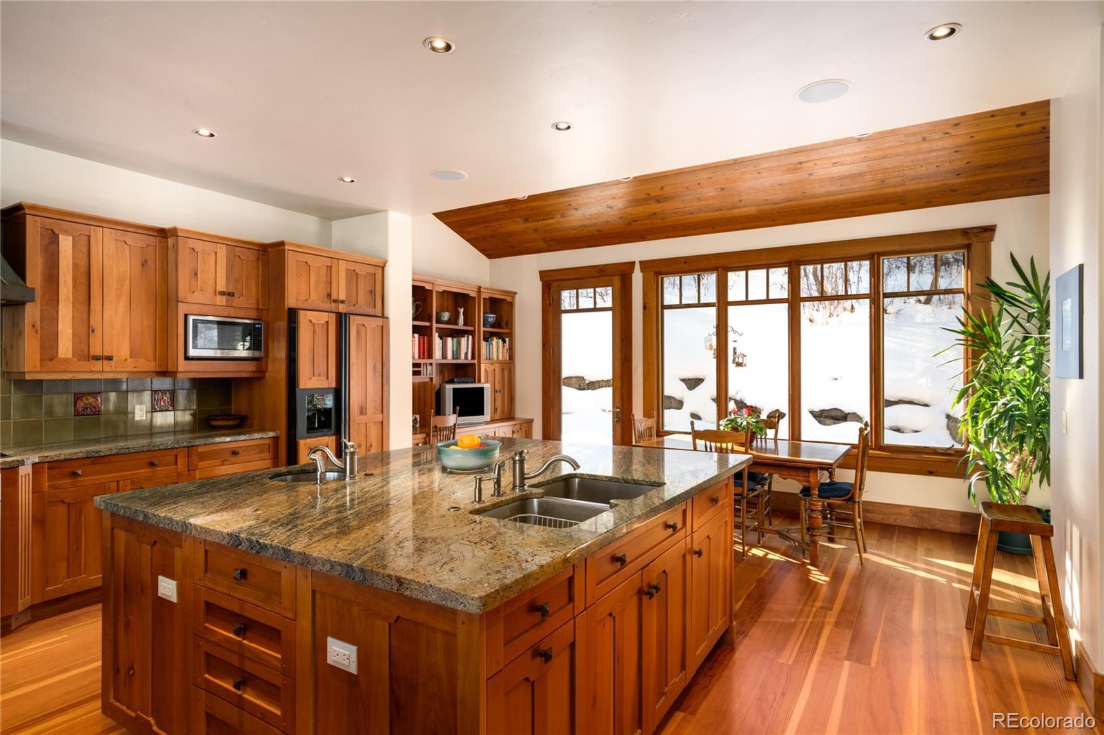 33855 Canyon Court Property Photo 10