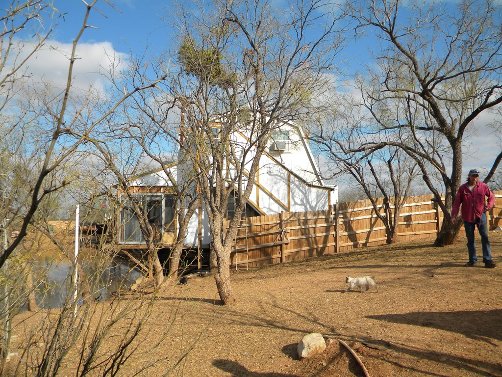 1286 Runnels County Road 287 Property Photo 13
