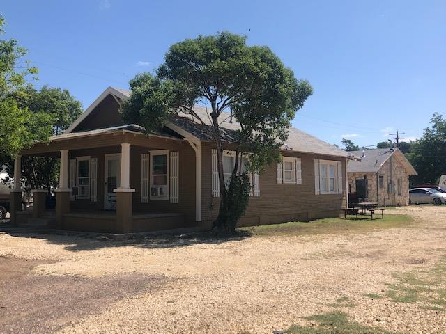 501 Ave G Property Photo 1