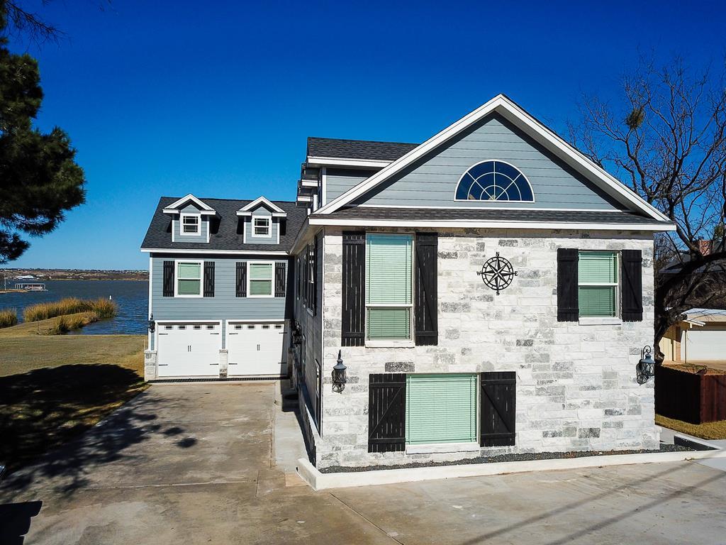 2850 Red Bluff Circle Property Photo 1