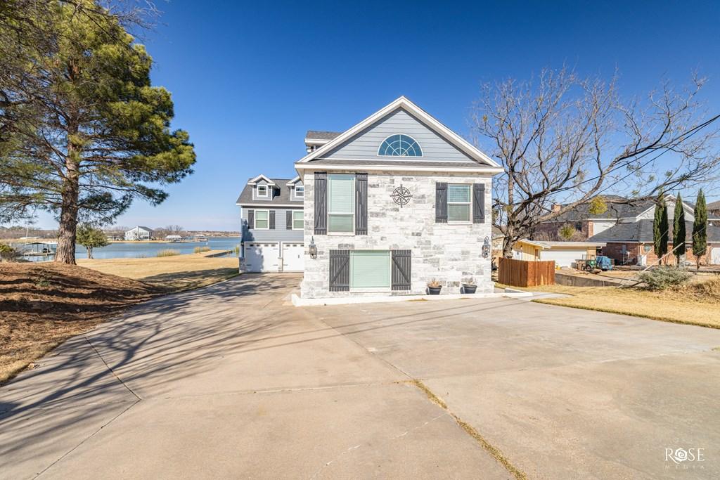 2850 Red Bluff Circle Property Photo 3