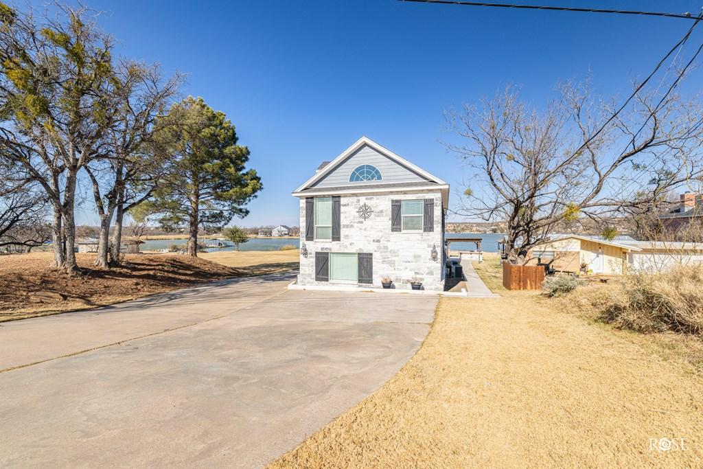 2850 Red Bluff Circle Property Photo 4