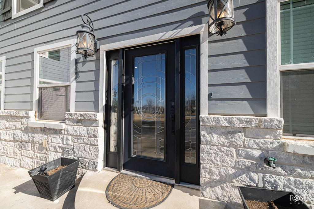 2850 Red Bluff Circle Property Photo 6