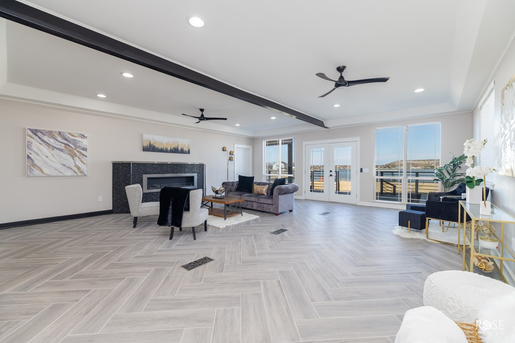 2850 Red Bluff Circle Property Photo 7