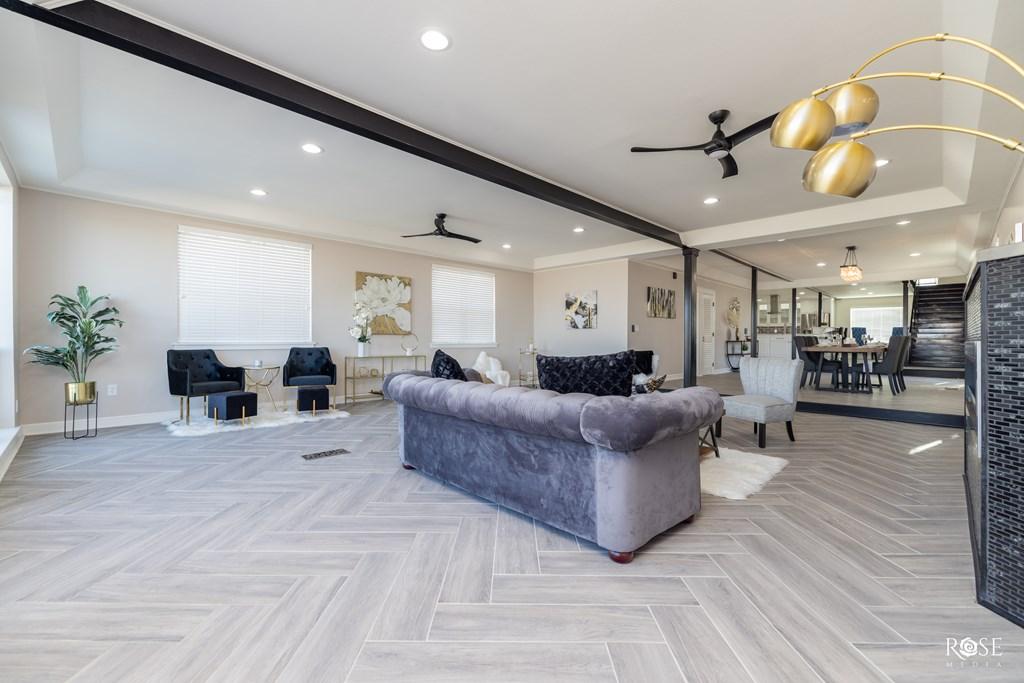 2850 Red Bluff Circle Property Photo 9
