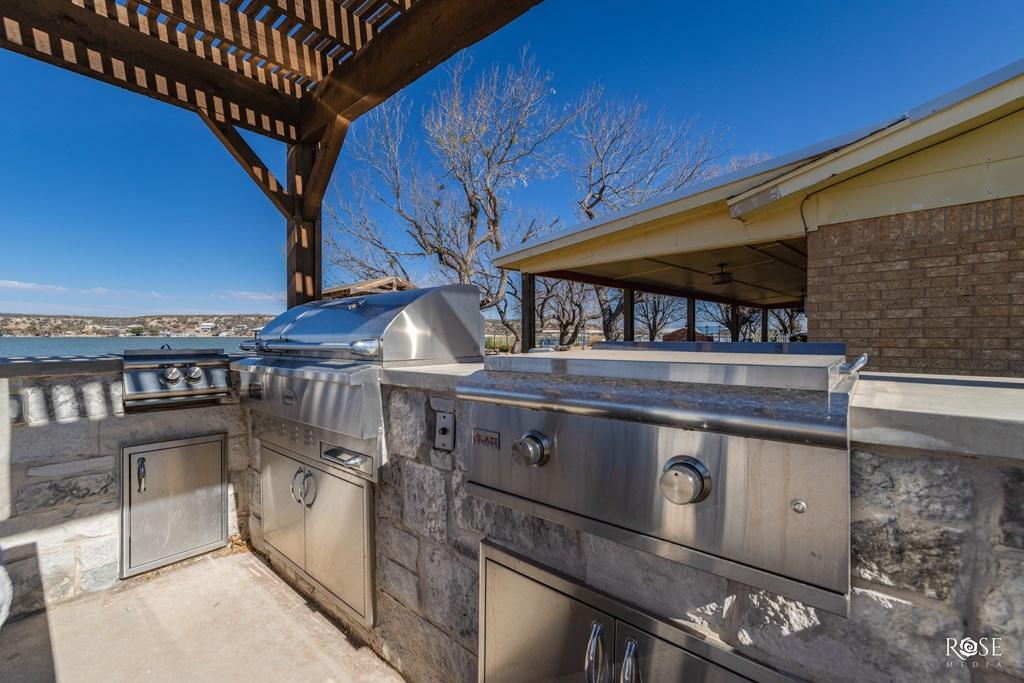 2850 Red Bluff Circle Property Photo 51