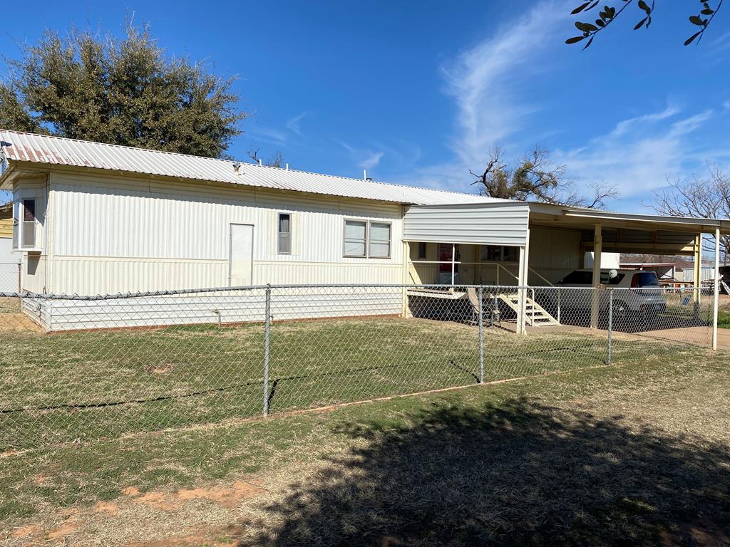 217 Commerce St Property Photo 1