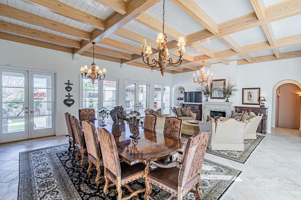 810 Montecito Dr Property Photo 11