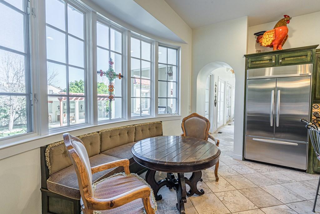 810 Montecito Dr Property Photo 14