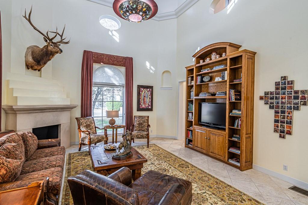 810 Montecito Dr Property Photo 19