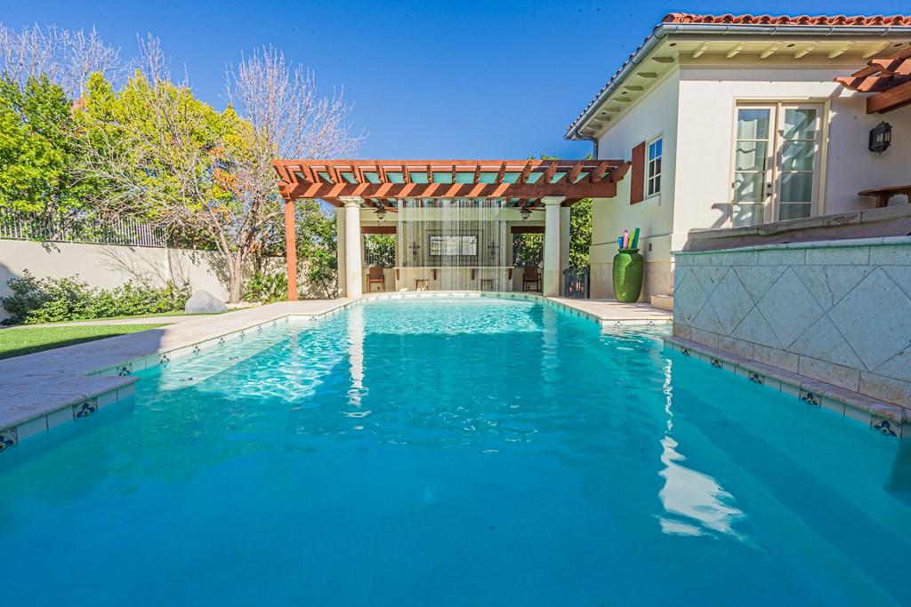 810 Montecito Dr Property Photo 36