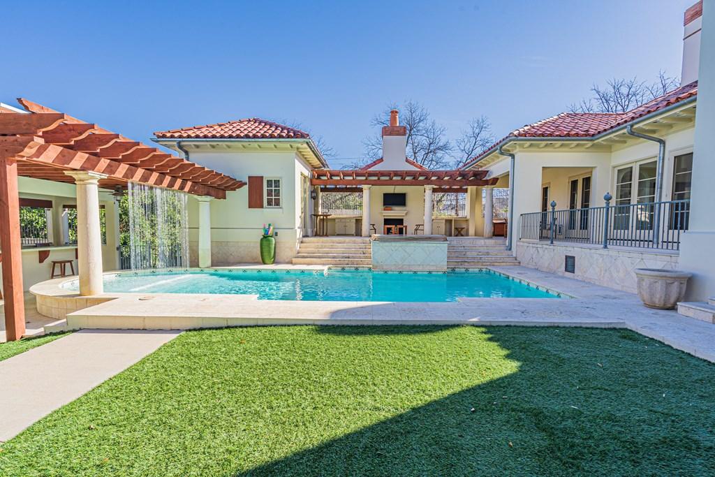 810 Montecito Dr Property Photo 39