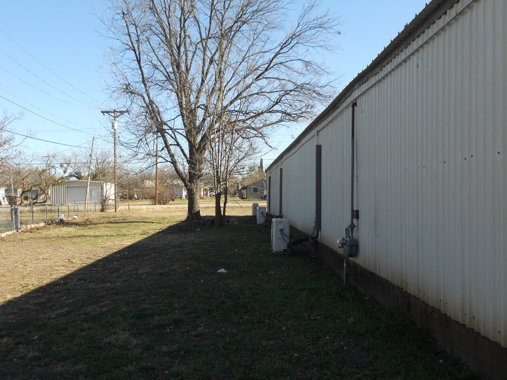 1400 N 6th St Property Photo