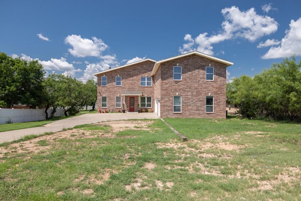 2862 Red Bluff Circle Property Photo 3