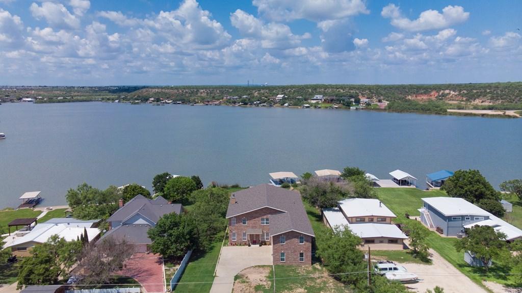 2862 Red Bluff Circle Property Photo 5