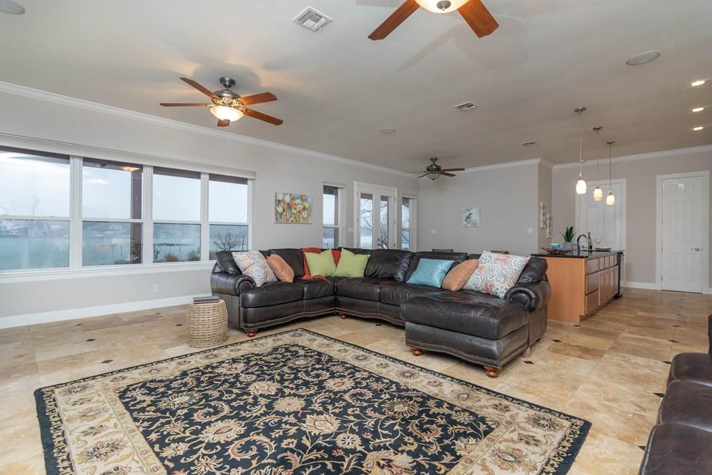2862 Red Bluff Circle Property Photo 7