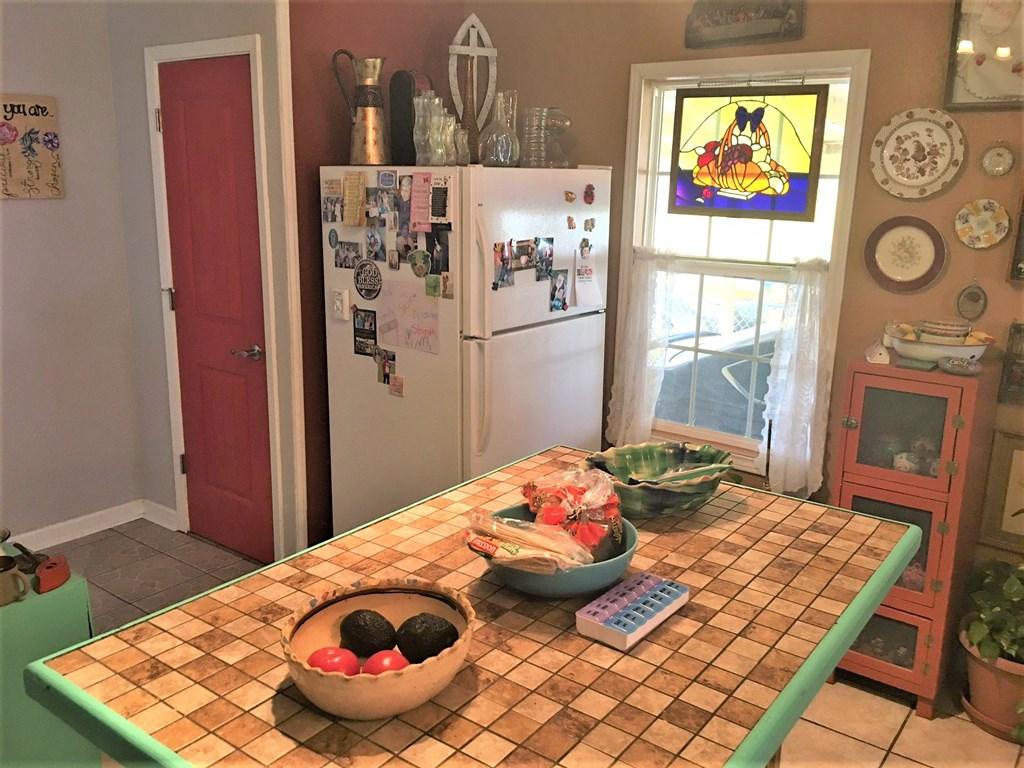 409 Santa Clara Property Photo 5