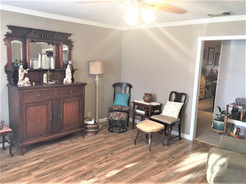 409 Santa Clara Property Photo 6