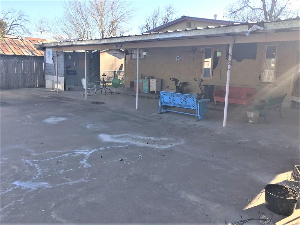 409 Santa Clara Property Photo 12