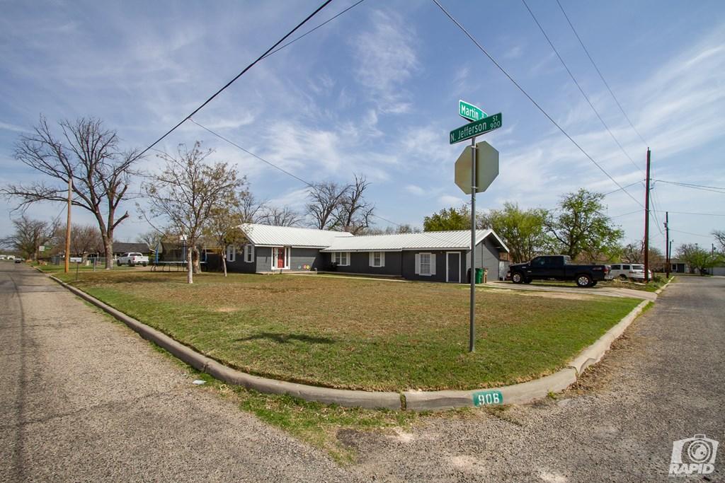 906 N Jefferson St Property Photo 20