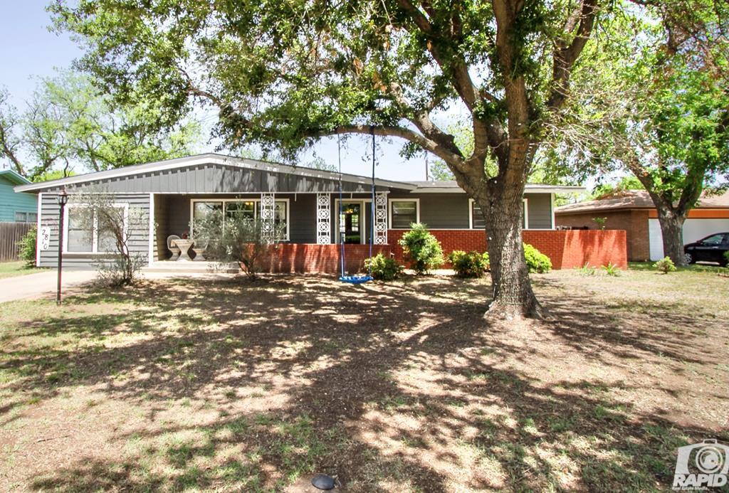 2810 Patrick St Property Photo 1
