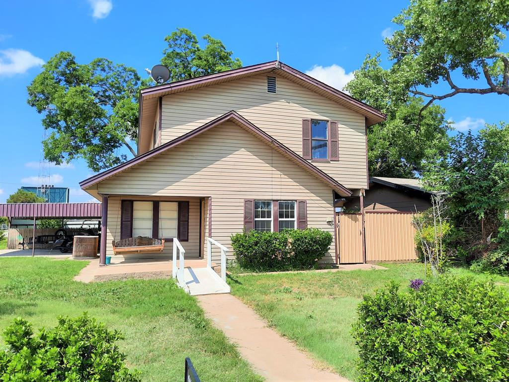 401 W Fields Ave Property Photo