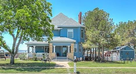 301 N 13th St Property Photo 1