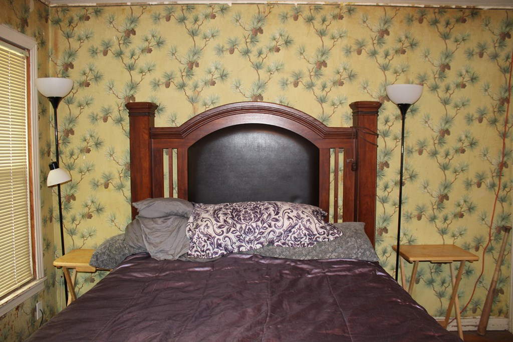 1104 N Broadway St Property Photo 20