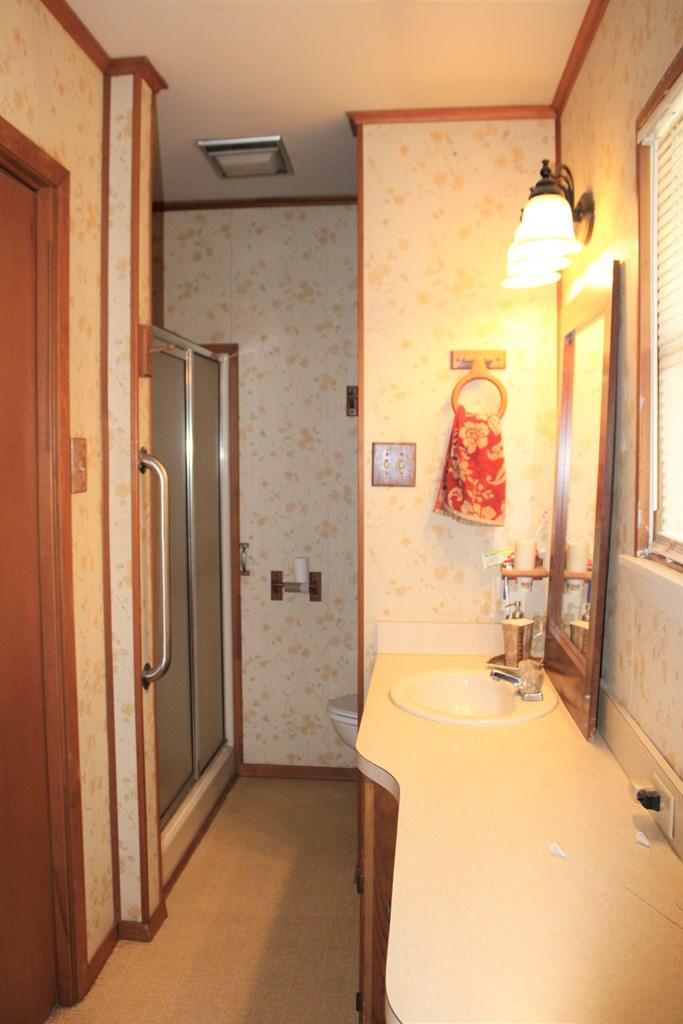 1104 N Broadway St Property Photo 22